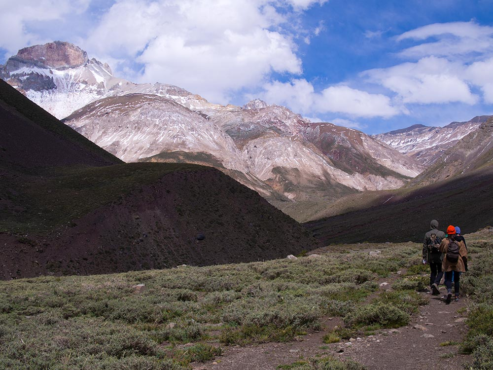 Moving towards Nieves Negras Glacier in Cajón del Maipo at an elevation of 2,700m (8,860ft) during a beautiful windy spring day.
